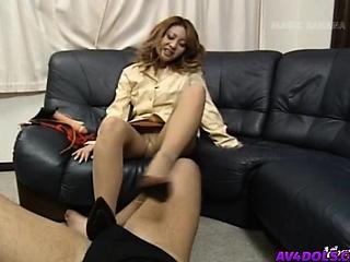 Yuuko puts feet round shoes at bottom phallus