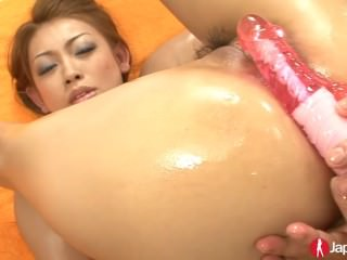 Making A Japanese Teen Squirt
