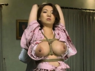 Naked eastern Mio Takahashi in viva voce sex action