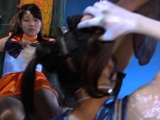 Uncensored Amateur Japanese Group Sex Jo