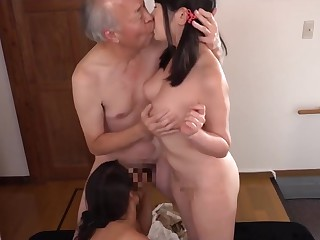 Grandpa fined two granddaughter to take off their clothes added to fuck