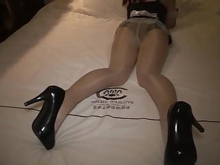 Chinese Maid Shiny Pantyhose