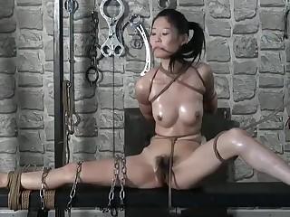 Chinese Hew YingZi - Bondage Shoot BTS