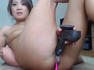 Chinese girl perversion unconnected with big lowering dildo