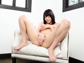 Italian riv camgirl masturbate