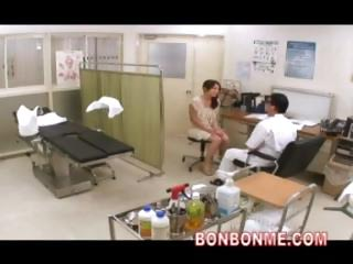 Obstetrics Increased by Gynecology Doctor Fucked His Milf Patient 02